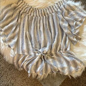 BRAND NEW! Abercrombie and Fitch Peplum tip